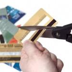 Credit+card+cut+scissors+consumer+spending